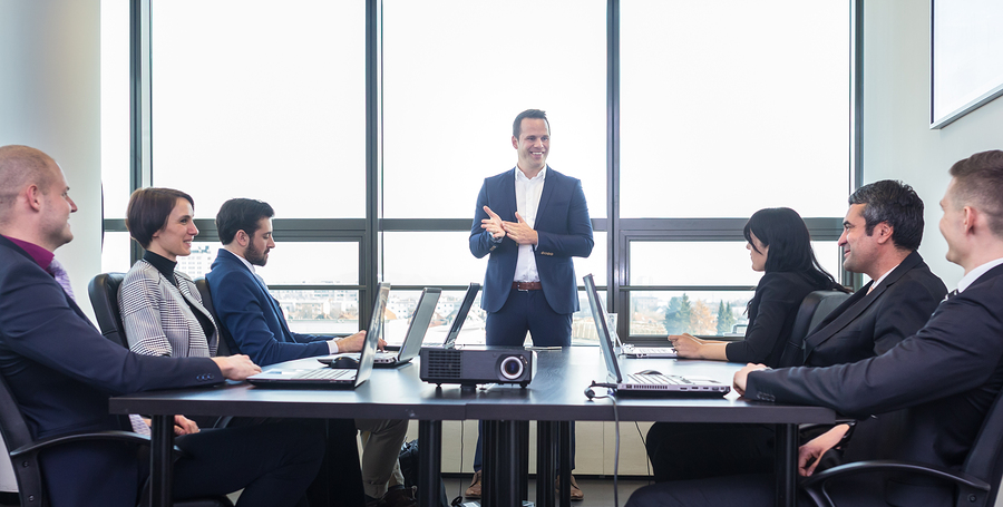 How To Retain Employees In The Long-Term (4 Smart Tactics)